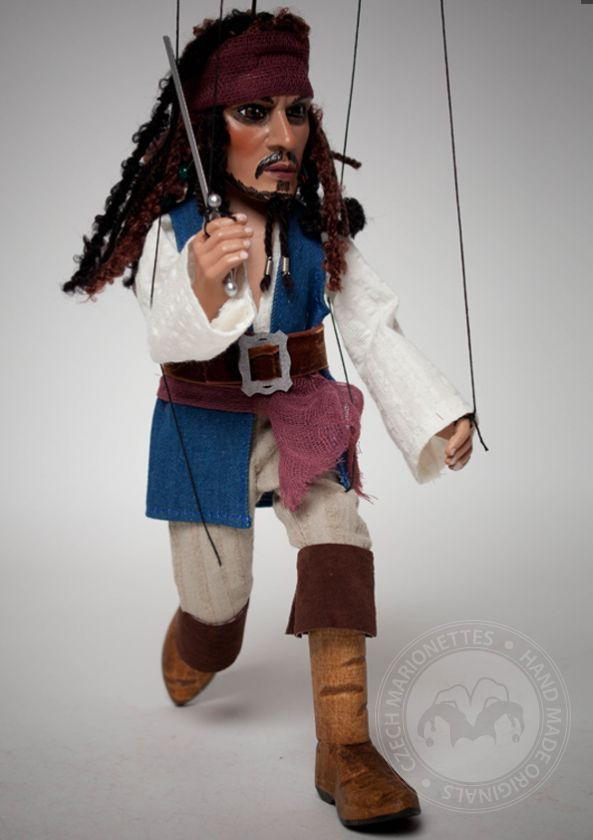foto: Pirate Marionette Jack Sparrow