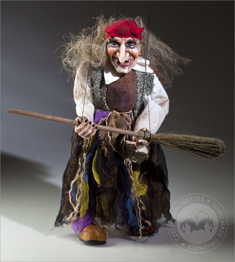 foto: Witch Marionette with Headband
