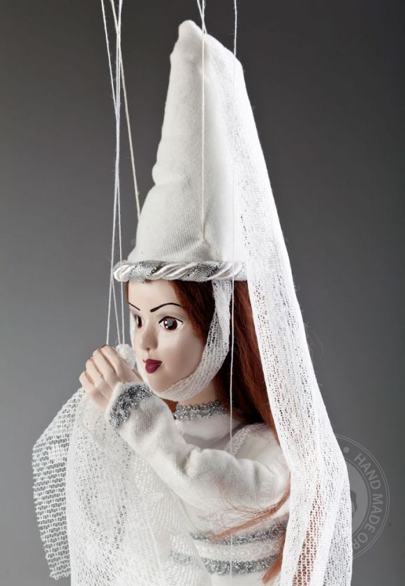 foto: White Lady Czech Marionette Puppet