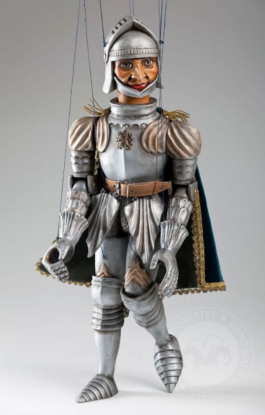 foto: Knight Handcarved Marionette