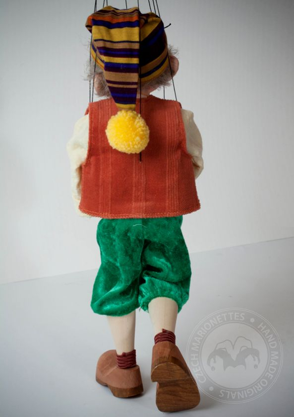 foto: Large Pinocchio Cartoon Puppet