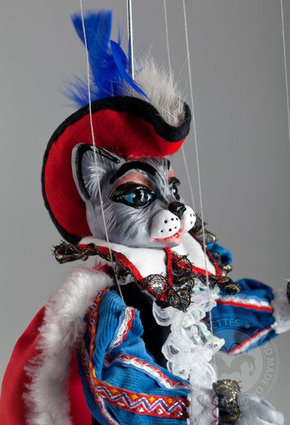 foto: Puss in Boots Marionette