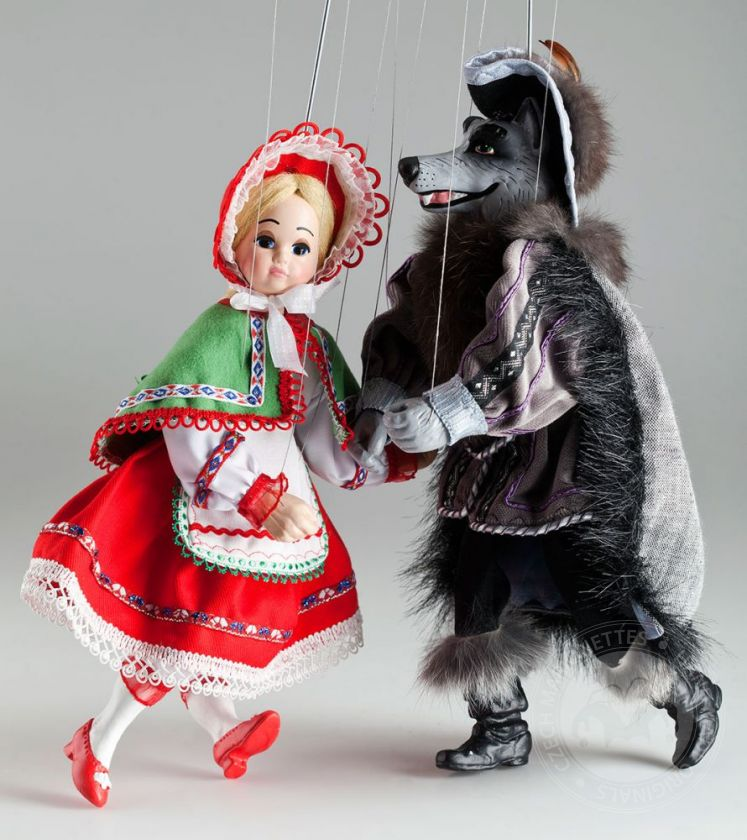 foto: Little red Riding Hood and Wolf Marionettes