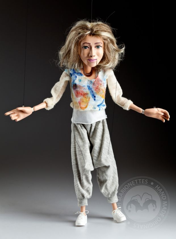 Custom marionette from a portrait photo