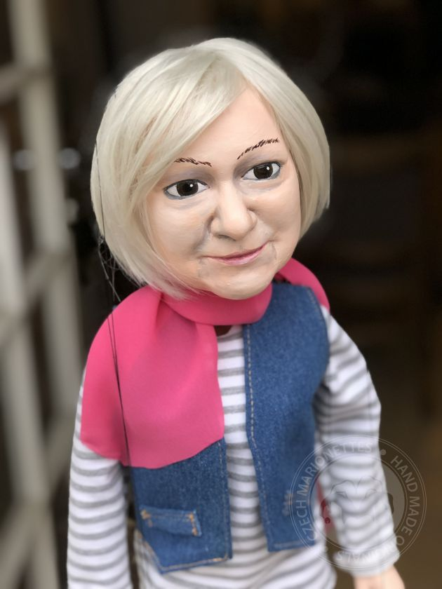 foto: Custom marionette from a portrait photo