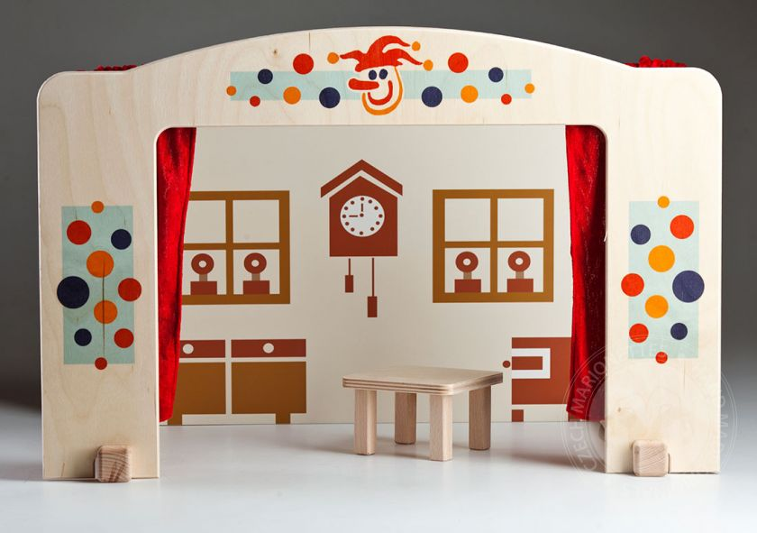 foto: Theatre for 20cm tall marionettes
