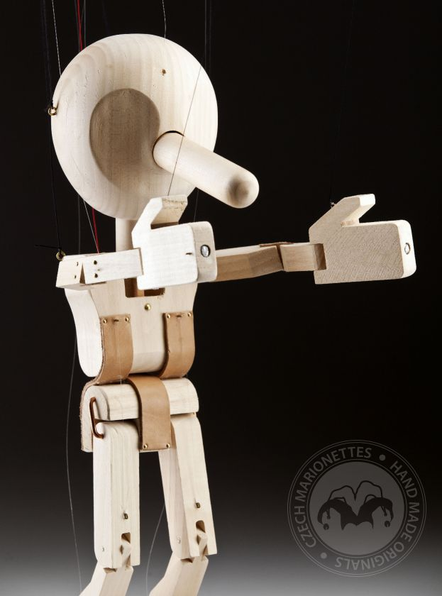foto: ANY – Pinocchio professional marionette