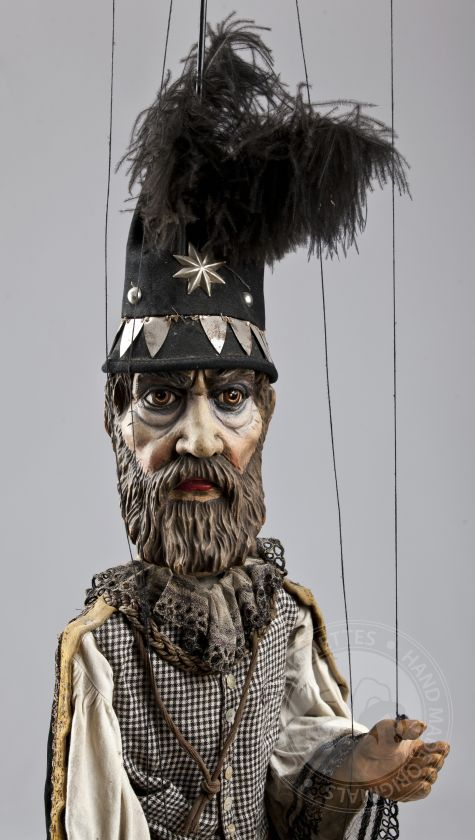 foto: Antique Astronimer with star hat