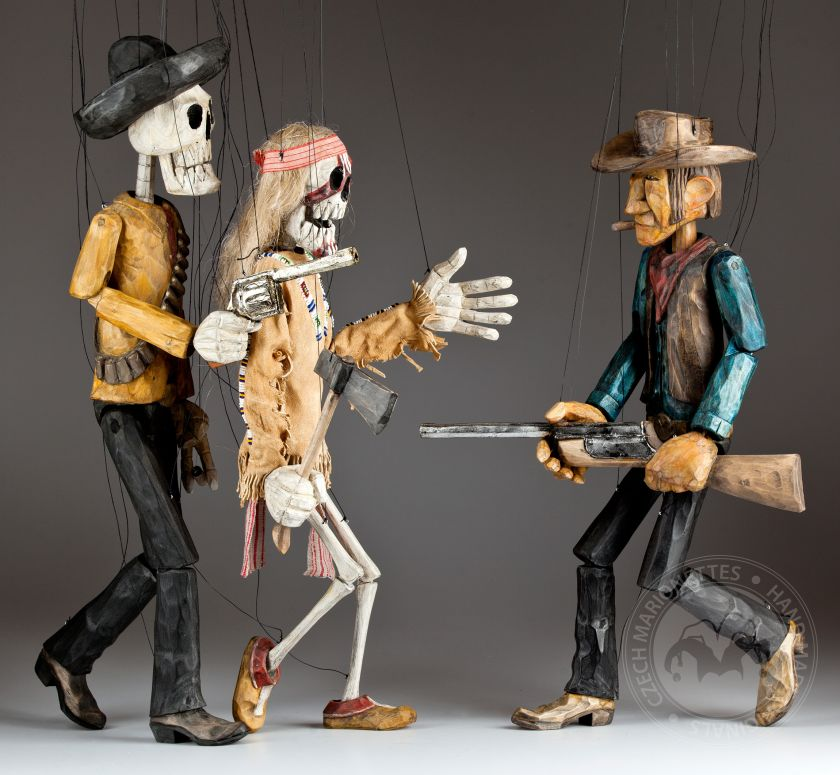 Might is right - collection of 3 marionettes