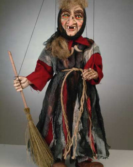 foto: Small Witch Puppet
