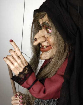 foto: Large Witch Marionette