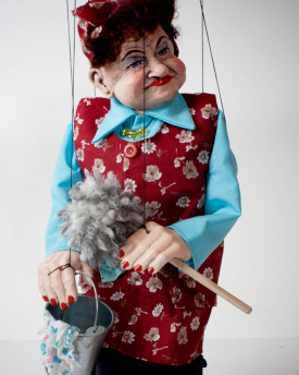 foto: Cleaning Lady Margarette Marionette