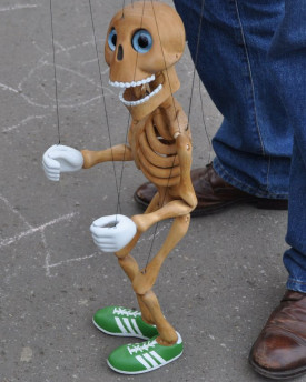Dancing Skeleton - Bonnie in wood