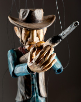 Butch Cassidy (USA) - cowboy marionette